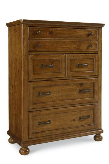Bryce Canyon Drawer Chest In Heirloom Pine