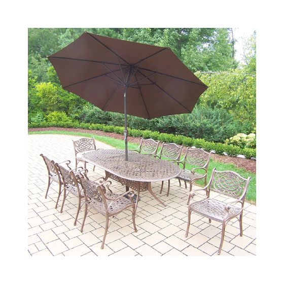Mississippi Oval 11 Piece Dining, 8 Chair & Umbrella