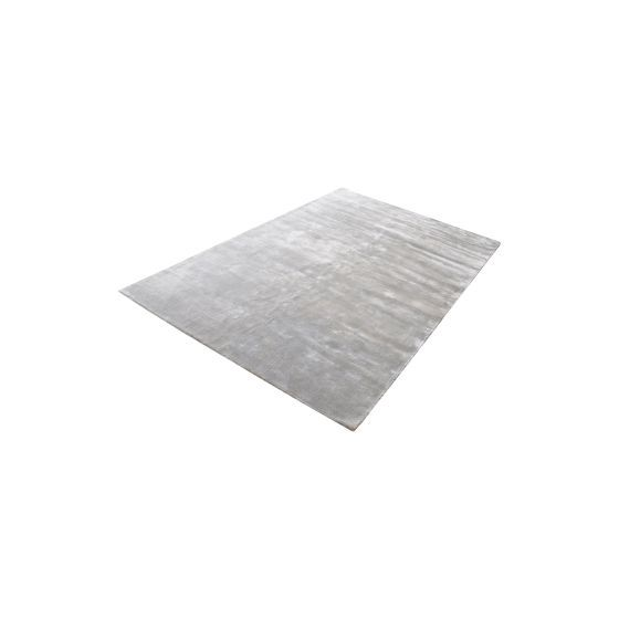 Auram Handwoven Viscose Rug In Silver - 9ft x 12ft