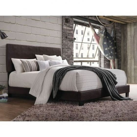 Lien Queen Bed in Espresso