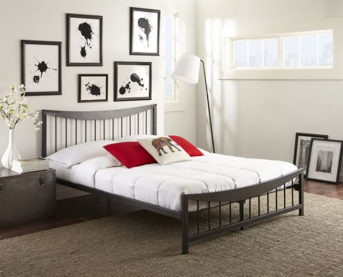 Cormac Metal Platform Bed in Black
