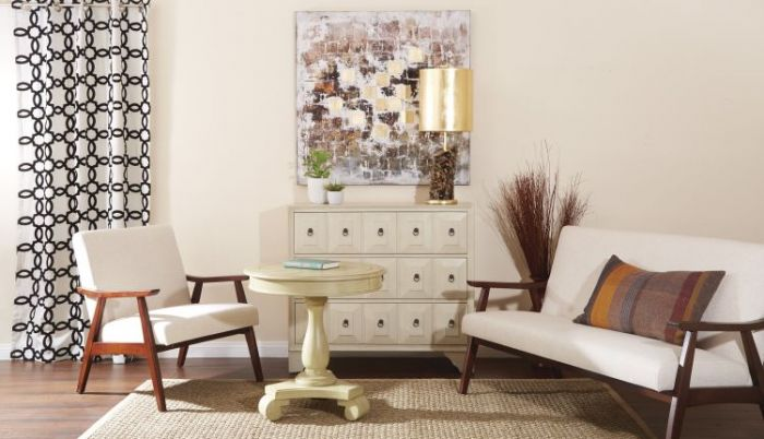 Avalon Round Accent table in Antique Celedon