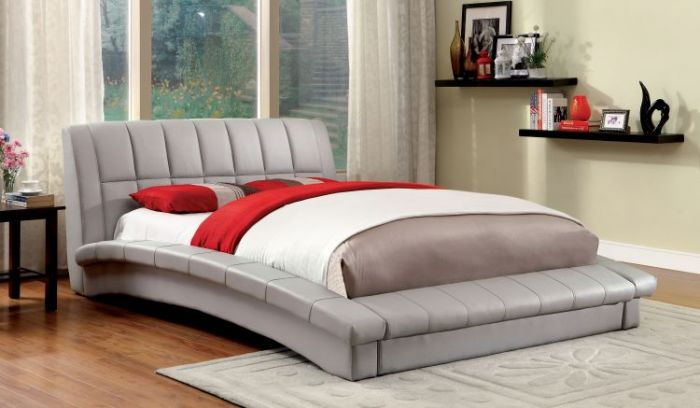 Farsii Tufted Leatherette Low Profile Cal. King Bed