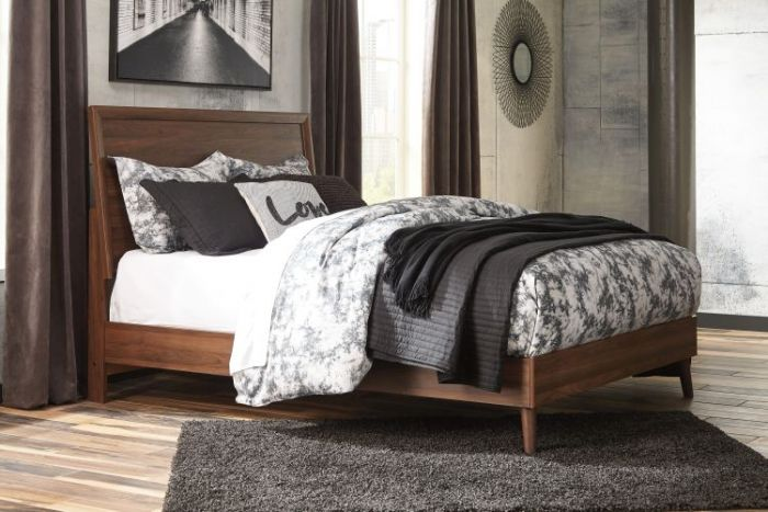 Daneston Queen Bed in Brown/Graphite