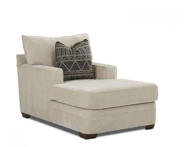 Chadwick Chaise in Linen