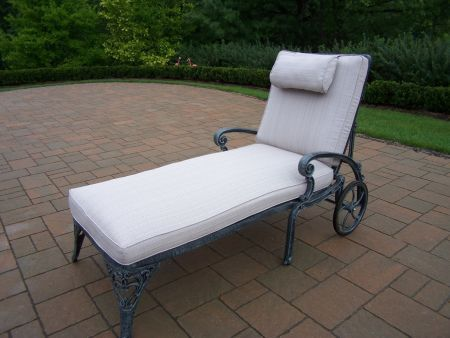 Mississippi cast aluminum chaise lounge with 2 wheels for Aluminum chaise lounge with wheels