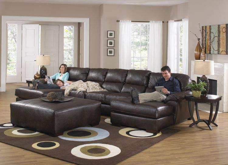 Marvelous Lawson Sectional Sofa With Cocktail Ottoman In Godiva Download Free Architecture Designs Xerocsunscenecom