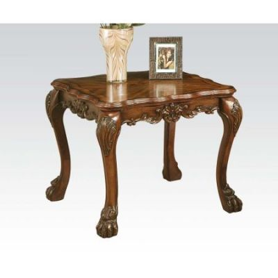 Dresden Traditional Cherry Oak End Table - 12166