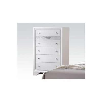 Naima 6 Drawer Chest in White - 25776