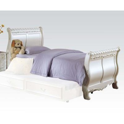 Pearl Twin Sleigh Bed in Pearl White & Gold Brush Accent - 001030_Kit