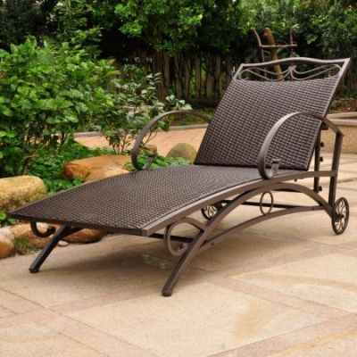 Valencia Resin Wicker Single Chaise Lounge in Chocolate - 4111-SGL-CH