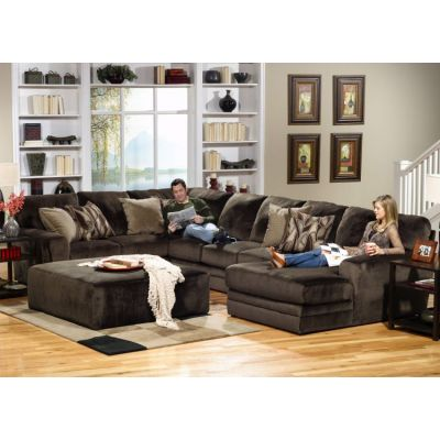 Everest Sectional With Cocktail Ottoman in Chocolate - 001334_Kit