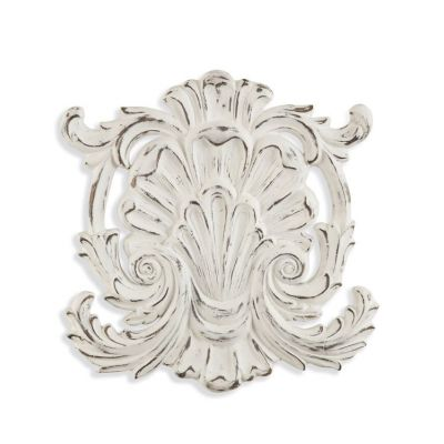 Weathered Shell Wall Hanging in Weathered White - 7300-174EC
